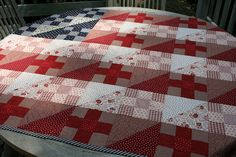 amazing modern american flag quilt by tartlime.... Gorgeous!