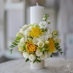 Atunci când bărbații aleg galben pentru fetițe. #clientiimei #florariecugust #lumanaribotez #estefetita #baptism #fresia #yellowrose… Baptism Candle, Our Wedding, Wedding Ideas, Wedding Bouquets, Party Ideas, Candles, Table Decorations, Flowers, Diy