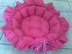 cama de cachorro rosa com babados | Sweet dog | 11C047 - Elo7