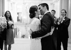 ♥♥♥  MINI-GUIA: Como planejar um casamento civil com festa Você pretende fazer um casamento civil com festa? Você pode fazer uma pequena recepção mais íntima para alguns convidados! http://www.casareumbarato.com.br/mini-guia-como-planejar-casamento-civil-com-festa/