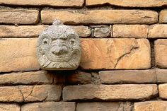 """An example of a cabeza clava -known for producing roaring sounds that left many feeling bewildered about these """"talking stones. Chavin de Huantar, Perú"""