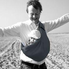 Porte bébé Baby Sling gris, Minimonkey. Porte bébé hamac - Le porte bébé  Baby sling de la marque Minimonkey est parfait pour tous ceux qui  souhaitent ... 0e2fb0c6edc