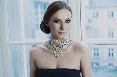 Kolia ślubna...magiczna, pełna dobrej energii Jewelery, Pearl Necklace, Celebs, Pearls, Beading, Polish, Fashion, Jewelry, Jewels
