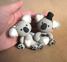 Chaveiros Koalas em biscuit.