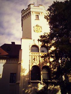 O poveste de succes la Castelul Karolyi din Carei - Din mansarda Romania