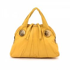 34544ecf172 The authenticity of this vintage Gucci Hysteria handbag is guaranteed by  LXRandCo.