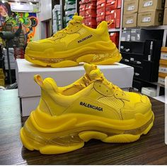 Product name : Balenciaga Available for sale : as seen Price: 35 000 naira Product size : 40 Dm to order Call / what's app 09093303109 / 08145156366 Payment on delivery in Lagos Payment before delivery outside Lagos Nike Air Shoes, Air Max Sneakers, Shoes Sneakers, Girls Sneakers, Latest Sneakers, Sneakers Fashion, Fashion Shoes, Adidas Women, Balenciaga Sneakers