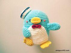 Tuxedo Sam amigurumi crochet pattern