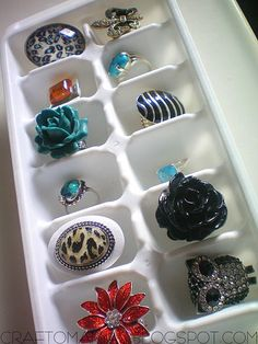 ice cube trays for rings- genius! From CraftOManiac