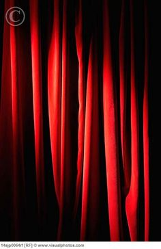 Even though I want a bright room, I really want red curtains to imitate the black lodge.
