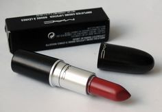 da.JPG Dark Autumn – MAC Brick-o-la subtle lipss  This is a classic DA starter lip; a mid-toned berry that looks effortless. What more could you want?