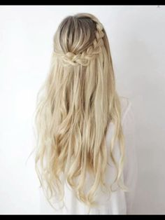 20 Gorgeous Hairstyle Ideas HolidayHair #Hair #Trusper #Tip