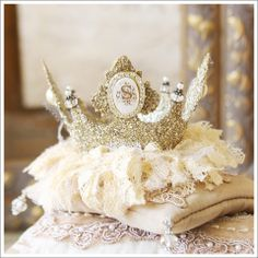 Initial Keepsake Crown