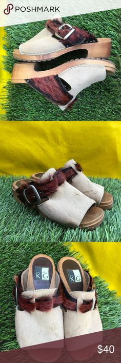 wooden vintage fur italian clogs winter slides this shoes are super cool. like birkenstocks but with buckle and fur trim details. truly one of a kind kurt geiger Shoes