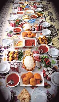 Typical Persian Table ( there is no table actually involved ) ; Iranian Dishes, Iranian Cuisine, Kurdish Food, Iran Food, Eastern Cuisine, Food Decoration, Middle Eastern Recipes, Arabic Food, I Foods