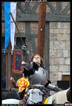 Défilé devant la maison de Jeanne d'Arc