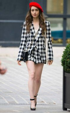 Lily Collins from The Big Picture: Today's Hot Photos Bright red beret! The actress looks chic in checks while shooting for her latest film in Paris, France. Style Lily Collins, Lily Collins Dress, Lily Collins Short Hair, Fashion Tv, Paris Fashion, Parisian Chic Style, Preppy Style, Classy Outfits, Chic Outfits