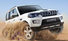 The much-awaited 2017 Mahindra Scorpio Facelift has been launched in India at a starting price of Rs lakh and is all about making amends to its previous failures. New Mahindra Scorpio, Seven Seater Suv, Scorpio Car, Car Photos Hd, Classic Car Restoration, Kia Motors, Auto News, New Engine, Cars