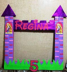 juegos marco de fotos rapunzel Rapunzel Birthday Party, Tangled Party, Disney Princess Party, 4th Birthday Parties, Princess Birthday, Birthday Fun, Diy Butterfly Decorations, Birthday Decorations, Bolo Rapunzel