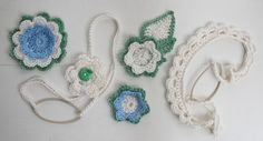 Flowers, headbands, bits and bobs for potential headbands, broaches, bookmarks…  %100 cotton