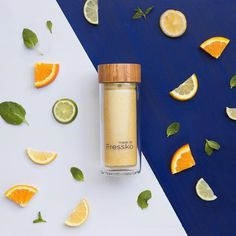 The Fressko RISE A bamboo lid 2 in 1 infuser and suitable for all your beverages both hot & cold. The cutest reusable cup around! See ya later plastic cups! Glass Coffee Cups, Tea Cups, Citrus Juice, Citrus Fruits, Take Away Cup, Vacuum Cup, Reusable Coffee Cup, Plastic Cups, Iced Tea