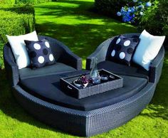 Cool heart-shaped day bed outside furniture  image via Amazing Engineering at www.Facebook.com/pages/Amazing-Engineering/471532762866593