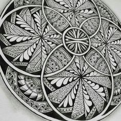 Black n White Mandala