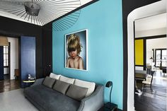 Colorblocking Your Home — This Is How You Do It #refinery29  http://www.refinery29.com/color-blocking-decor-trend#slide-1  Pair Pale & Inky This light grey floor feels edgy and modern against a baby-blue accent wall and deep, black edges.