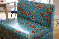 LOVE THE PATTERN AND COLORS !DIY: oilcloth slipcover for a ballard designs fabric bench