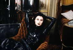 Irma Vep (French, Directed by Olivier Assayas. A metafilm about the remaking of Louis Feuillade's classic silent film serial Les vampires. Maggie Cheung, Film D'action, Film Stills, French New Wave, Becoming A Father, The Best Films, Latex Catsuit, Sexy Latex, Cat Party