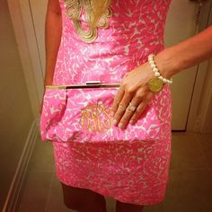 Finally wearing the dress I bought in key west @scpr1  #lifeinlilly #lillypulitzer #monogram