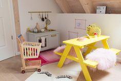… von Holly. Hier kann man herrlich picknicken, kochen, spielen und schlafen. Dank simpler DIY-Ideen.