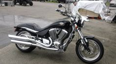 2005 Victory Motorcycles Hammer Sport Cruiser! $7,995 call Polaris of Gainesville at (386) 418-4244