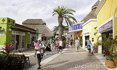 shopping-port-cozumel-mexico-16448348.jpg