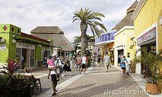 shopping-port-cozumel-mexico-16448348.jpg