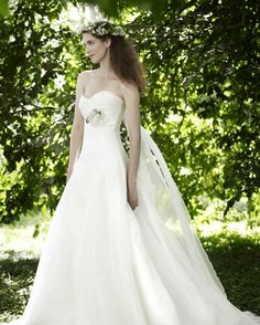 Fairy Wedding Dresses | For more detail visit our page www.weddingyuki.com