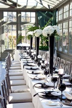 CoCo Chanel Inspired Bridal Shower and white wedding Chanel Bridal Shower, Chanel Wedding, Chanel Party, White Bridal Shower, Bridal Showers, Party Deco, Black And White Wedding Theme, Festa Party, Wedding Table Settings