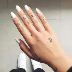 tatuagem-nos-dedos-nova-febre-na-internet-pamela-auto-blog-let-me-be-weird-blogueira-de-recife-5