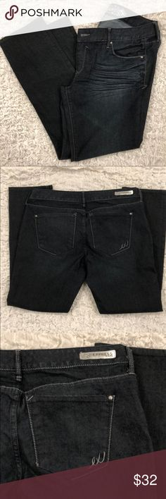 Express Stella Low Rise Dark Wash Skinny Jeans 12S Excellent condition (not sure I even wore them??) Stella Fit (Regular) Low Rise Jeans in 12 Short. Cotton/Poly/Elasthane blend for a nice fit! Check out my other Express listings for a bundle deal 😊🎀🛍 Express Jeans Skinny