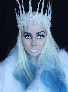 Ice Queen This look takes Frozen to the next level with its chilling white eyeliner and icy blue lip. Ice Princess Makeup, Ice Queen Makeup, Ice Makeup, Party Makeup, Ice Queen Costume, Queen Halloween Costumes, Ice Princess Costume, Fantasias Halloween, Cool Halloween Makeup