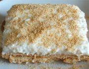 Marie biscuit semifreddo - Food From Portugal South Korean Food, Korean Street Food, Portuguese Desserts, Portuguese Recipes, Delicious Desserts, Dessert Recipes, Alcoholic Desserts, Good Food, Yummy Food