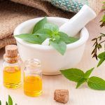 These are the best essential oils and natural therapies for pain relief and pain reduction. Ravintsara, Essential Oils For Pain, How To Remove Pimples, Natural Pain Relief, Organic Coconut Oil, Best Face Products, Natural Products, Health Remedies, Natural Health
