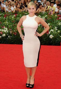 Kate Winslet in Stella McCartney optical illusion dress