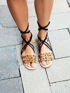 cabin and cove Wrap Sandal