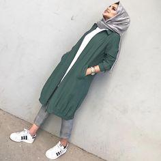 # hijab it is # Tesettür Modern Hijab Fashion, Abaya Fashion, Muslim Fashion, Fashion Dresses, Trendy Fashion, Hijab Casual, Hijab Chic, Hijab Style Dress, Casual Dress Outfits
