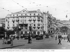 1926 - Ao centro da praça do Correio, à esquerda, o monumento a Giuseppe Verdi. Foto de Theodor Preising. Acervo Instituto Moreira Salles.
