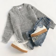 Keep it simple and classic. ✨✨ #grey #sweaters #sweaterweather #cutesweater #casual #romwe