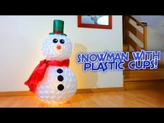 How to make a snowman with plastic cups is very easy, you just have to staple around 400 plastic cups (200 body, and 200 head). Body cups are bigger than hea...