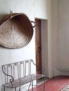 Gorgeous ! we sell the same rare wheat basket at www.cachette.com