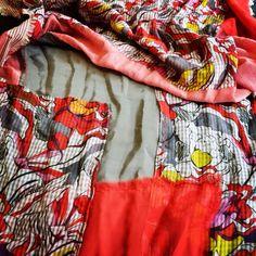 Particolare patchwork di una sciarpa del brand Pez! Pezzi unici al mondo